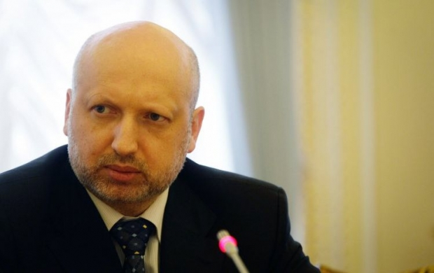 Turchynov states improvement of situation in east, but ATO to be continued