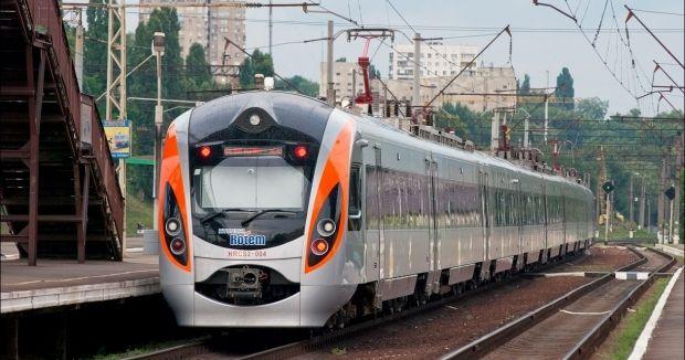 В Славянск, Краматорск и Дружковку уже завтра пустят Hyundai / УЗ