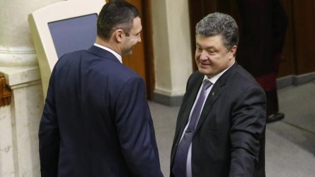 Кличко расширит полномочия громад при поддержке Порошенко