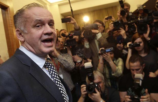 Киска опережает Фицо на 15% / Reuters