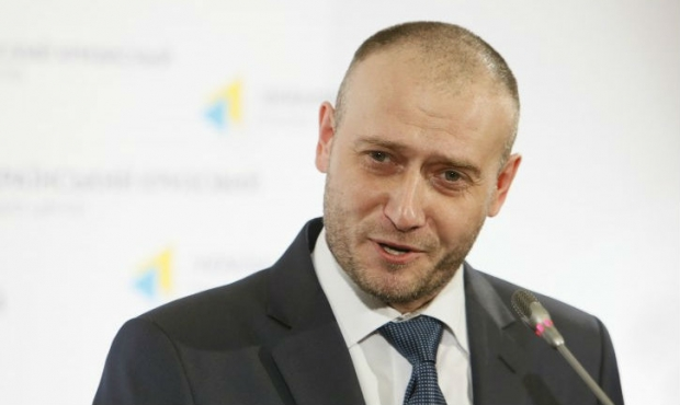 Yarosh prepares visit to Brussels for explanation of his party's position