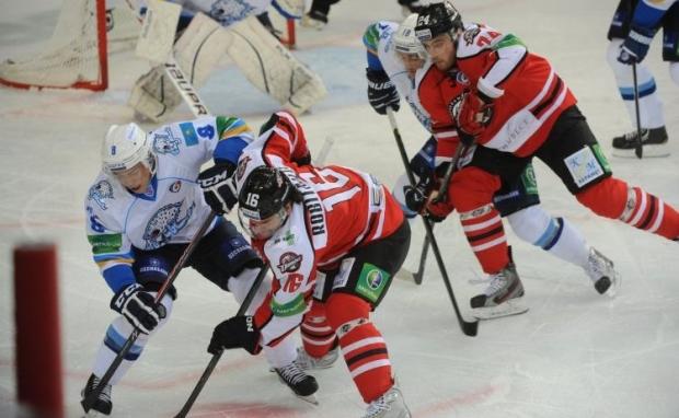 С приходом Назарова команда стала играть в рациональный комбинационный хоккей