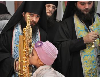 30 марта Почаевскую икону Божией Матери проводили в лавру