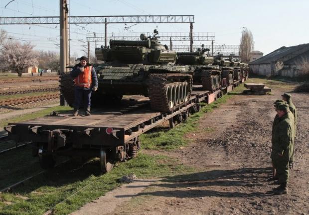 НАТО следит за перемещениями российских танков