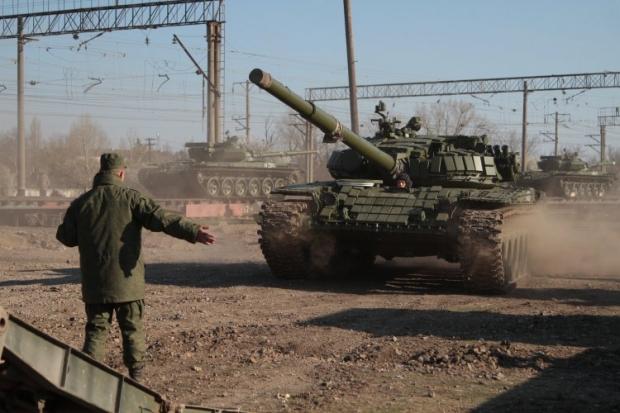 Російські дипломати погрожують Україні війною