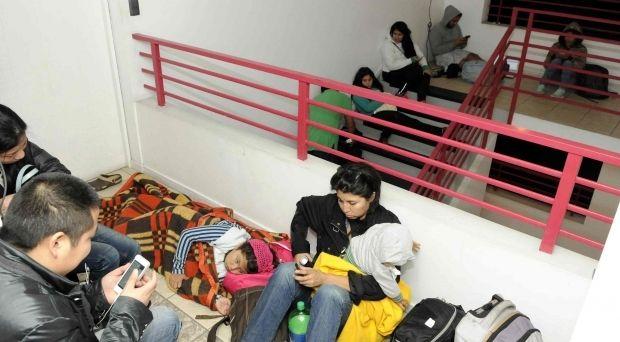 В связи с угрозой цунами в Чили эвакуировали население / Reuters