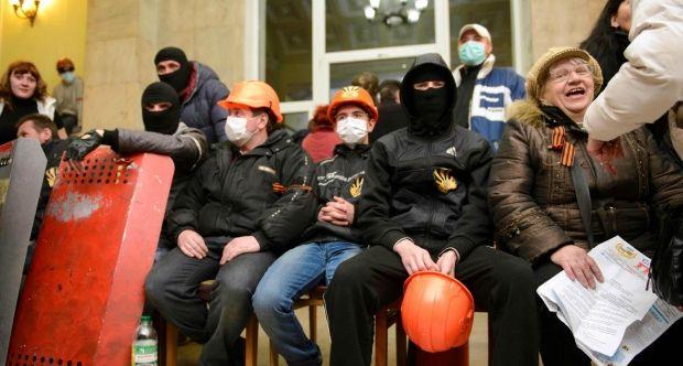 Харьков, ОГА, штурм / REUTERS