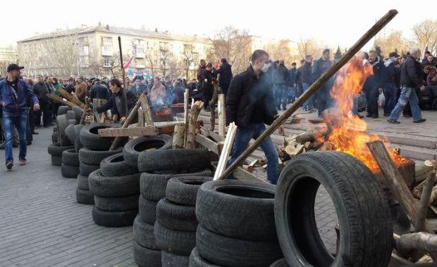 Мэр Донецка заявил, что сепаратисты хотят разобрать троллейбусы на баррикады / ostro.org