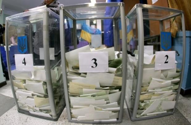 Ідею про вибори мера в два тури підтримали в першому читанні