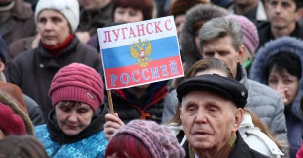 Сепаратисты блокировали военные части на востоке страны
