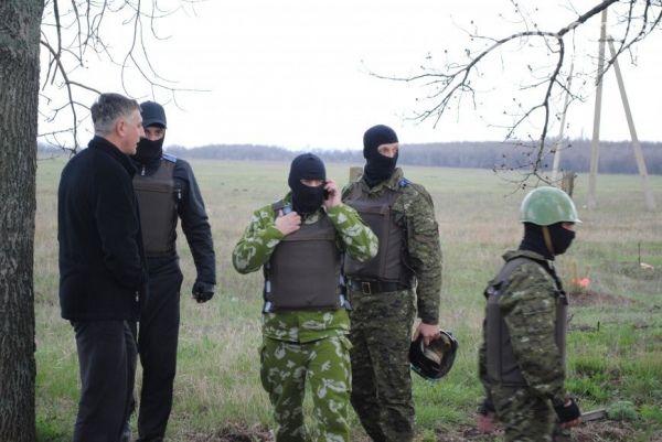 Неизвестные захватили горотделение милиции / 6264.com.ua