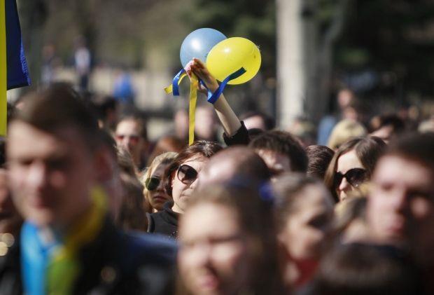 Луганчане вышли за единую Украину / Reuters