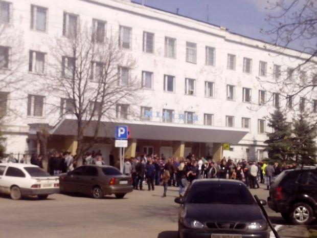 У Стаханові сепаратисти сваряться з патріотами / vk.com/conscious_people_stakhanov