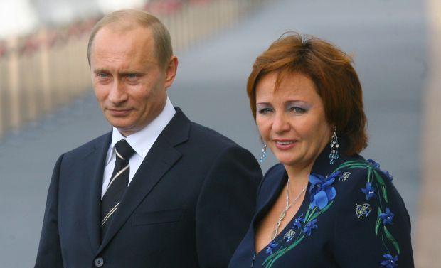 Колишня дружина Путіна взяла прізвище його 37-річного менеджера