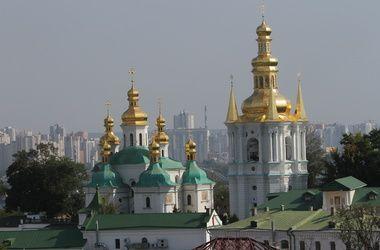 До владыки Павла в Киево-Печерской Лавре сменилось шесть наместников за четыре года