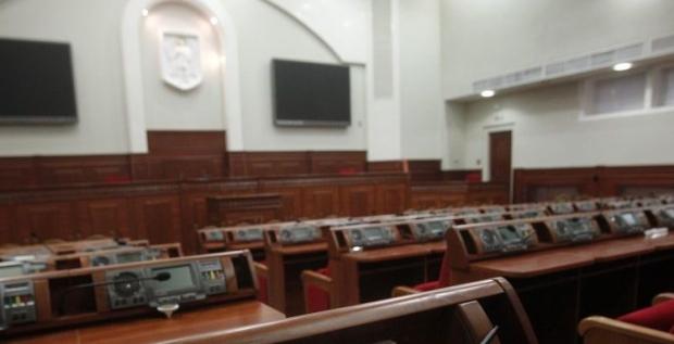 В Киевраду проходят 9 партий