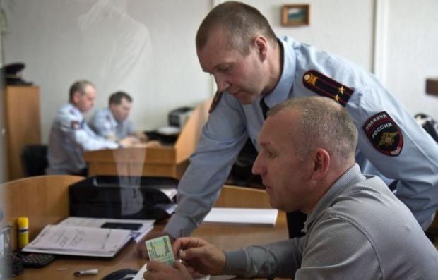 России не хватает денег на создание полноценной полиции в Крыму