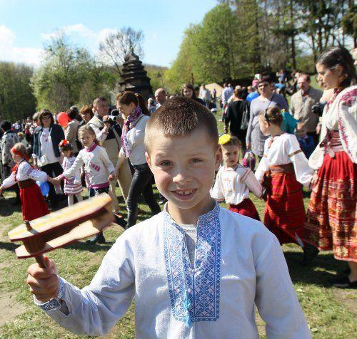 фестивалю «Великдень в гаю» в Музеї народної архітектури та побуту «Шевченківський гай»,