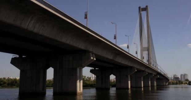 Движение на Южном мосту временно ограничат / Фото УНИАН