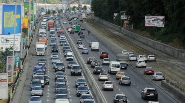 Chrysler отзывает почти 800 тыс. внедорожников из-за проблем с зажиганием / Фото УНИАН