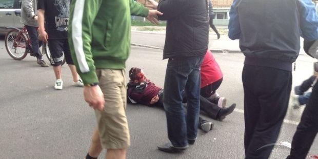 Медики сообщают о 14 пострадавших во время кровавой драки в Харькове / МедиаПорт