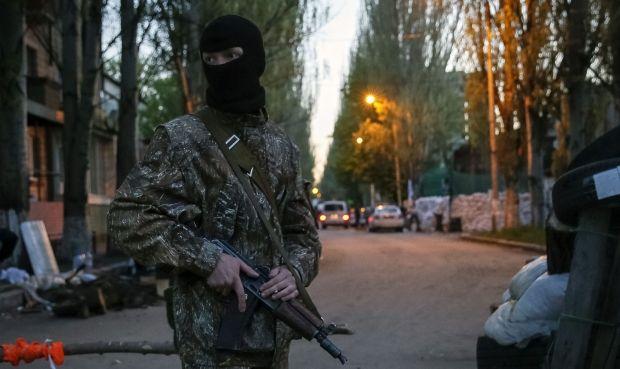 Terrorists take 40 people as prisoners in Slaviansk – SBU / REUTERS