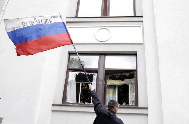 Бойовики звільнили Луганську обласну прокуратуру / REUTERS