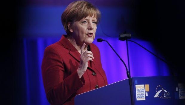 Меркель: Германия и ЕС никогда не смирятся с российской аннексией Крыма / REUTERS