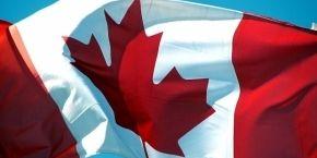 Канада исключила два российских банка из санкционного списка - СМИ