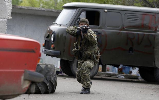 Терористи викрали главу самооборони Донеччини / REUTERS