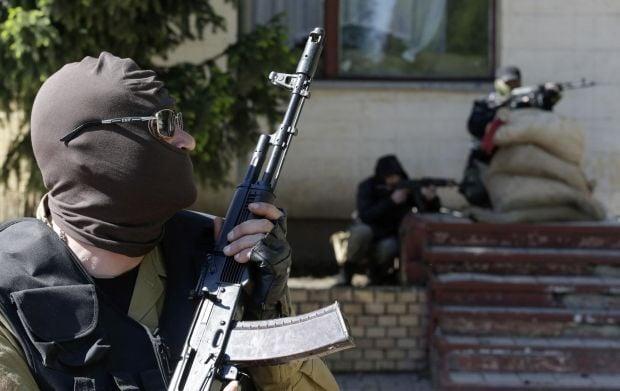 Прокурор закликав сміливо застосовувати зброю проти терористів / REUTERS