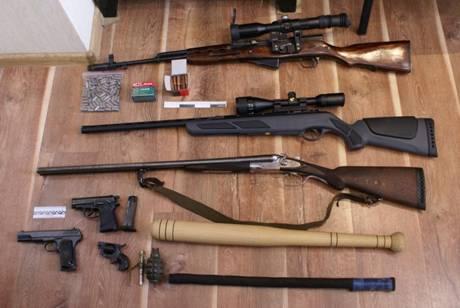 У диверсантов изъяты гранаты и огнестрельное оружие