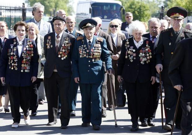 Ветерани отримали грошову допомогу