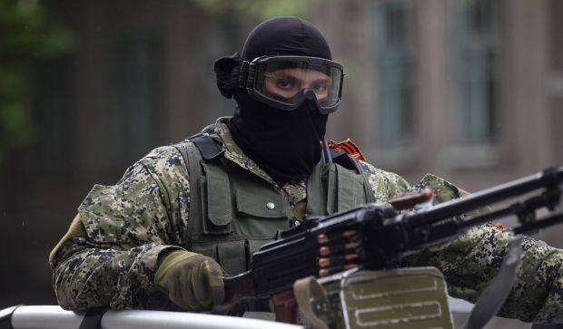 В Славянске каждую обстреливают из минометов телевышку / REUTERS