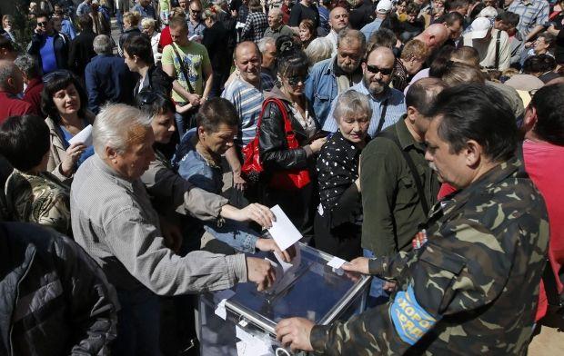 Украинским журналистам не разрешают снимать / REUTERS
