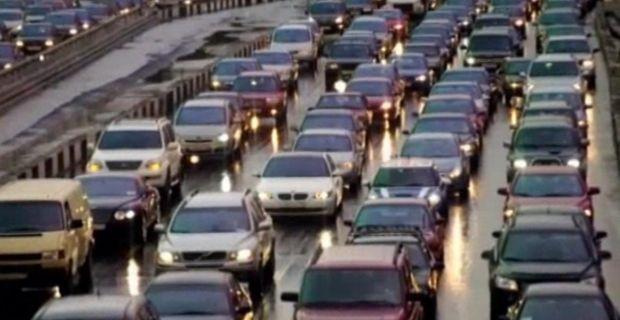 25% автомобилей дают 90% загрязнений выхлопными газами / ТСН