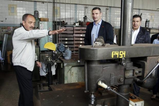 Кличко посетил завод, на котором работал / Фото: УНИАН