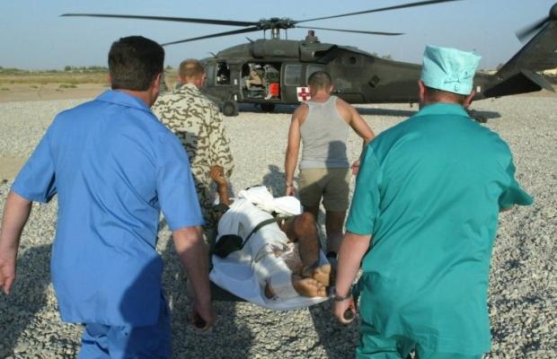 раненые Военные медики заверяют, что дефицита лекарств для раненных военнослужащих на востоке Украины нет