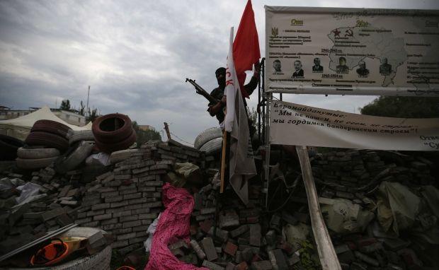 Бойовики продовжують утримувати в ОДА десятки полонених / REUTERS