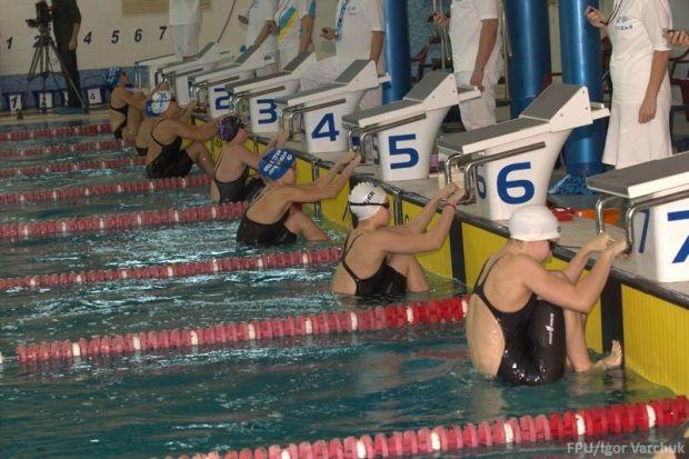 Українські плавці будуть змагатися в одній команді з росіянами / usf.org.ua