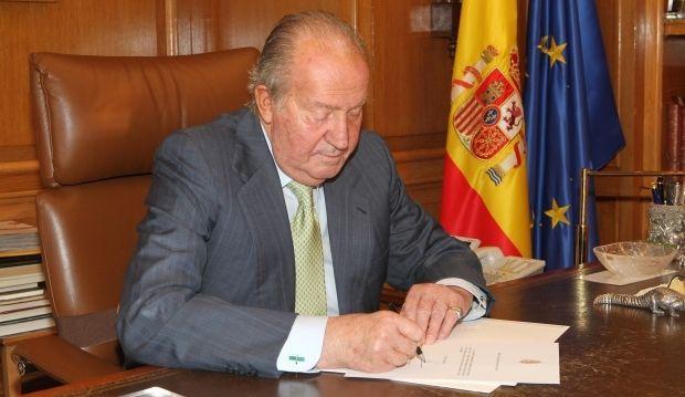 король испания Хуан Карлос / Reuters