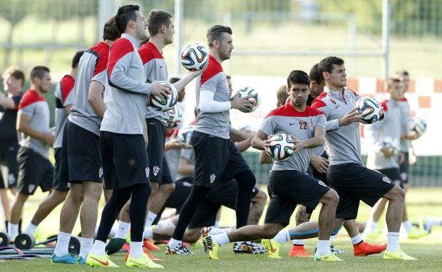 Сборная Хорватии на тренировке / REUTERS