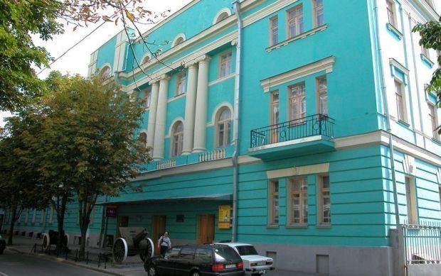 Поблизу музею выдкрилася виставка / mil.gov.ua