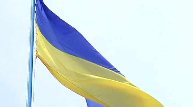 Порошенко доручив підняти Державний прапор над Слов'янськом / ТСН
