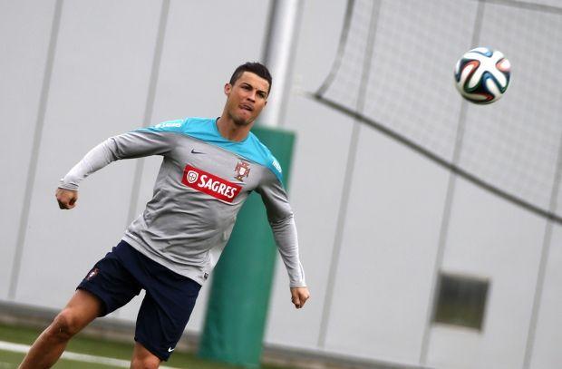 Роналдо может пропустить чемпионат мира из-за проделок колдуна / Reuters