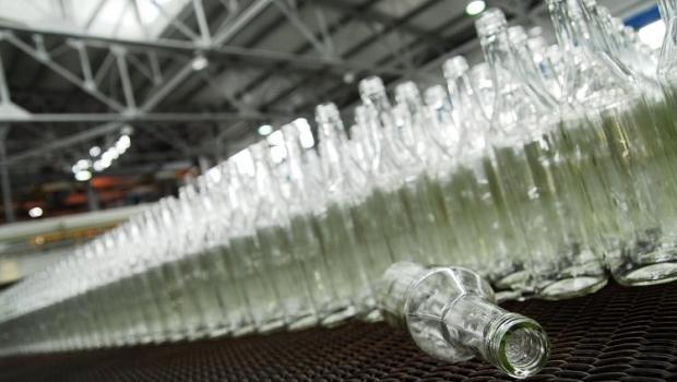 В РФ могут ввести запрет на продажу алкоголя лицам, моложе 21 года / Фото УНИАН