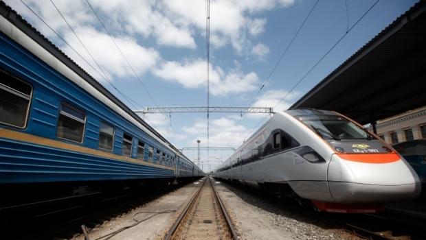 Тарифы на проезд в поездах вырастут / Фото УНИАН