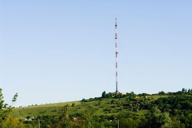 Підйом телевізійної вежі відбудеться за умов сприятливої погоди / slavdelo.dn.ua