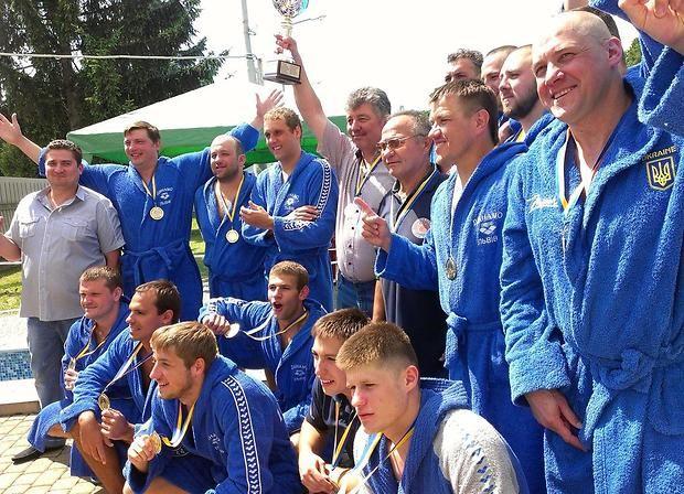 Львовское Динамо второй раз подряд выиграло чемпионат Украины по водному поло