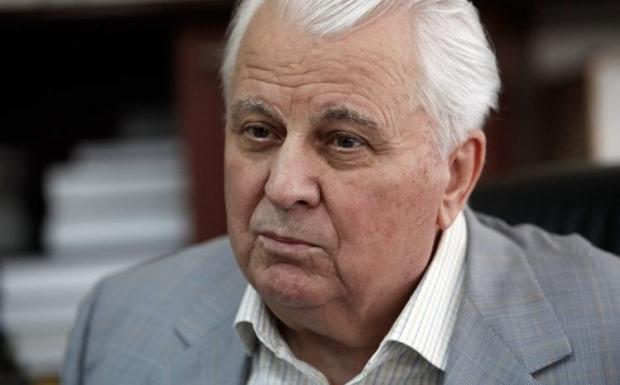 Кравчук: Можно предложить особый официальный статус восточным территориям